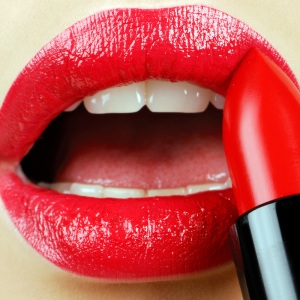 lipstick_lips_red_makeup_11